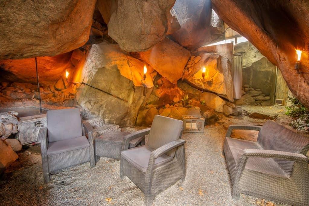 Cave Glamping in Washington