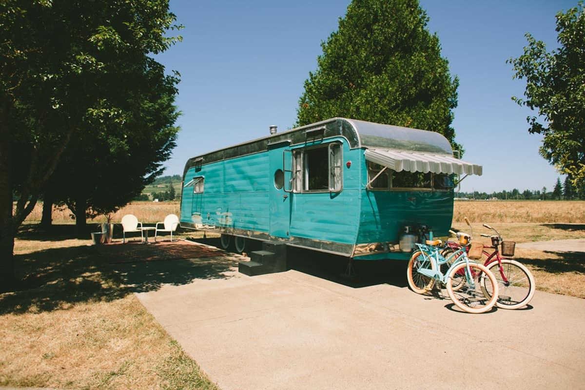 Vintage Trailer Oregon Glamping