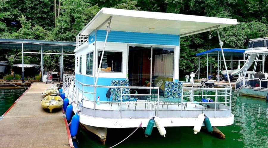 Tennessee Houseboat