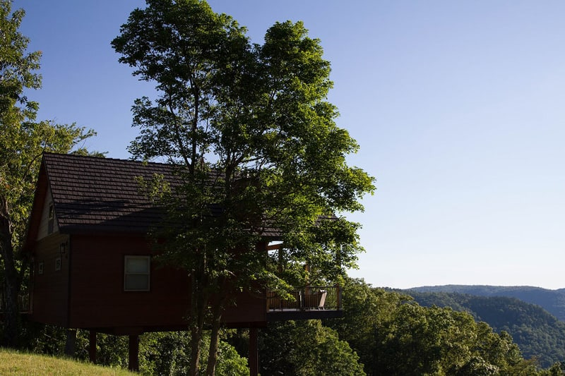 Canyon View Luxury Treehouse Arkansas view from the side of treehouse with forests and trees