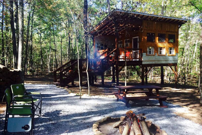 Deer Camp Treehouse Rentals in Tennessee