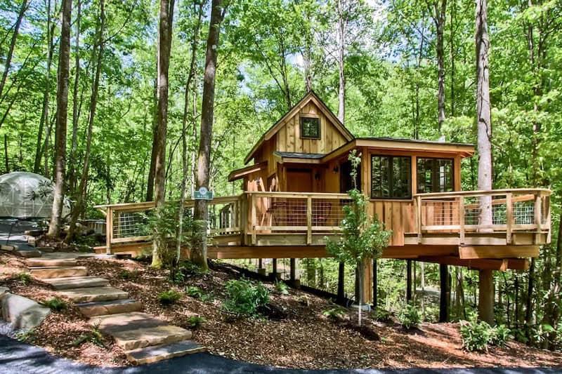 The Maple Treehouse Glamping Gatlinburg
